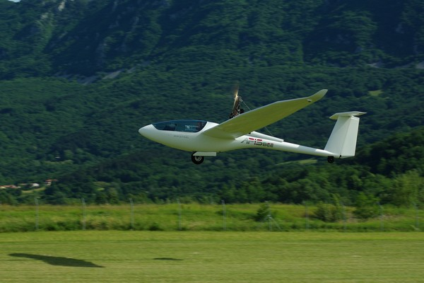 Pipistrel Glider Apis/Bee l Gliding - Pipistrel Andorra